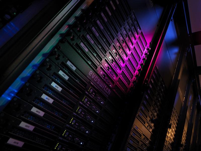 Серверы в Нидерландах в premium-ЦОДе становятся дешевле OVH, Hetzner при заключении контракта с ua-hosting.company - 4