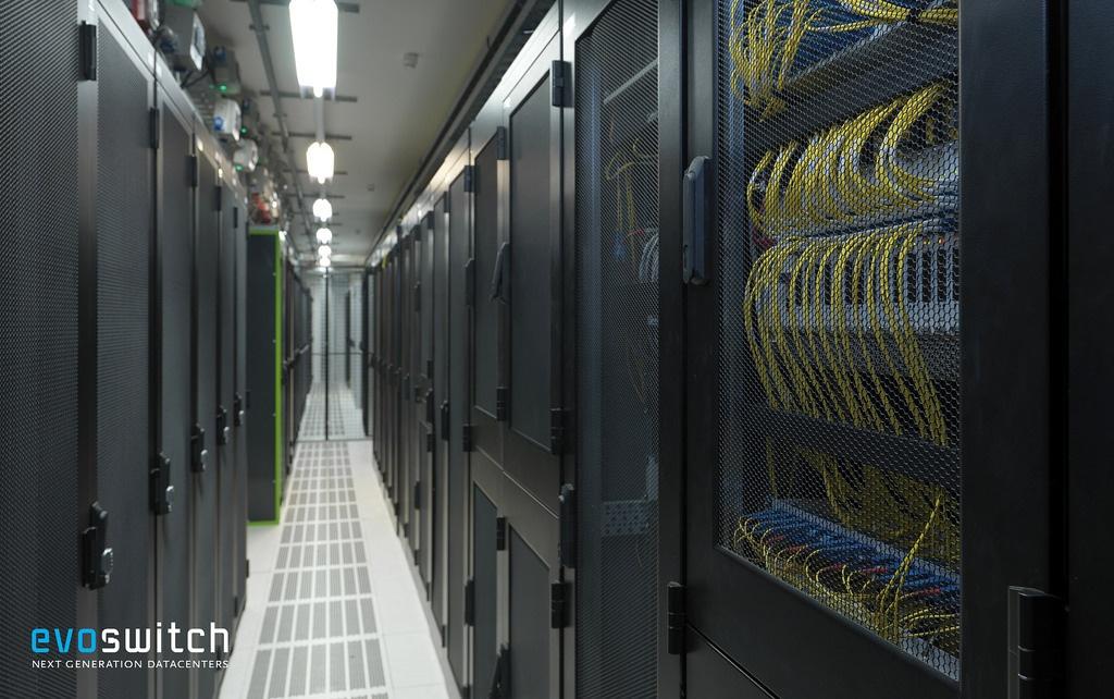 Серверы в Нидерландах в premium-ЦОДе становятся дешевле OVH, Hetzner при заключении контракта с ua-hosting.company - 5