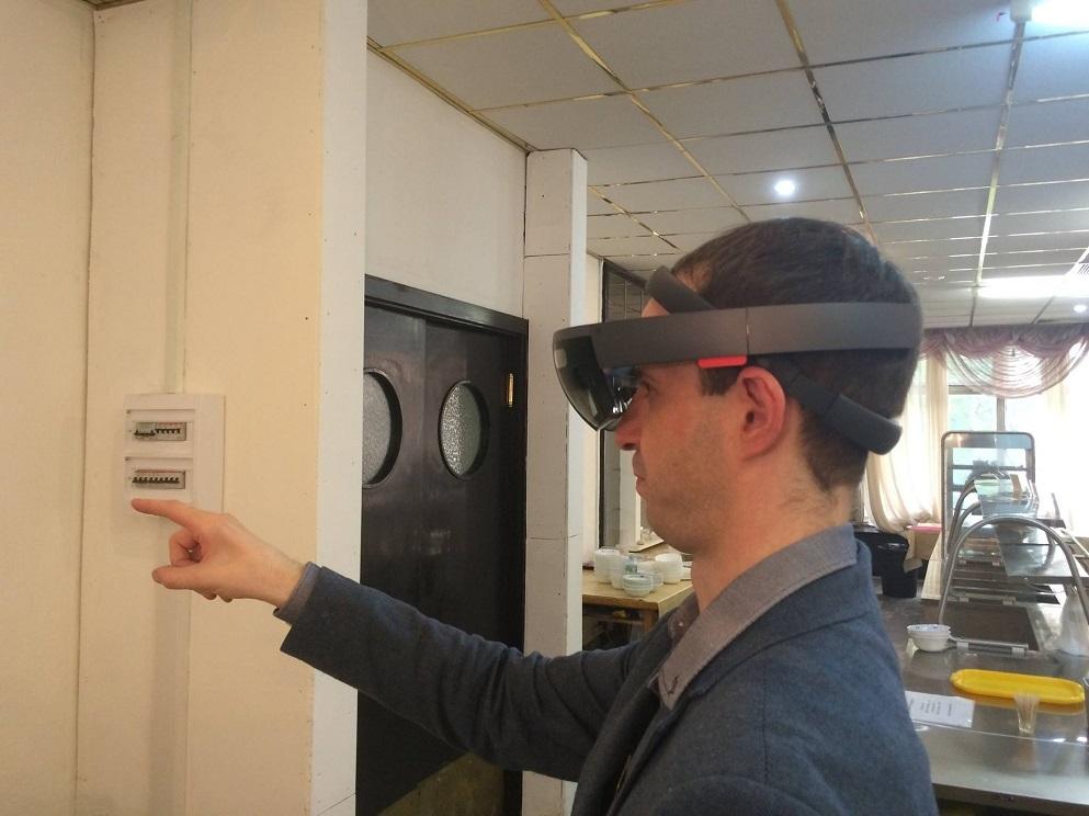 Зажжет или не зажжет Microsoft HoloLens? - 4