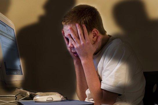 Психологи предлагают бороться с суицидом с помощью поисковых систем
