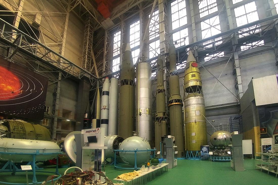 Главные по космосу - 1