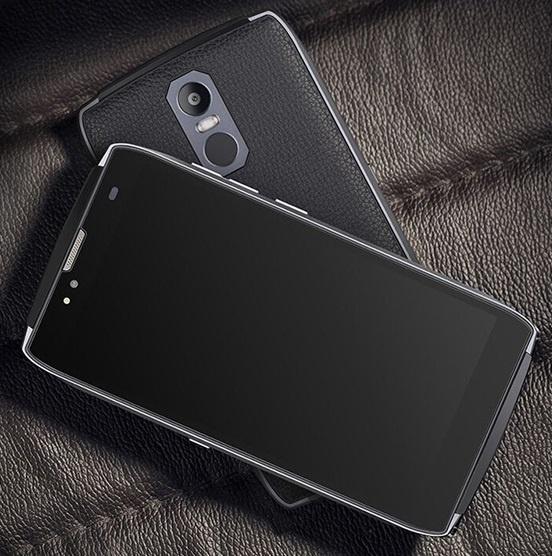 Смартфон Uhans U300 работает под управлением ОС Android 6.0