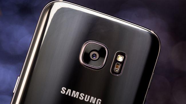Смартфон Samsung Galaxy S8 может получить отдельную кнопку для системы искусственного интеллекта