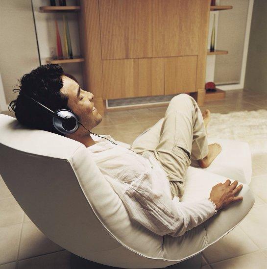 Ученые рассказали, как снизить боль с помощью музыки