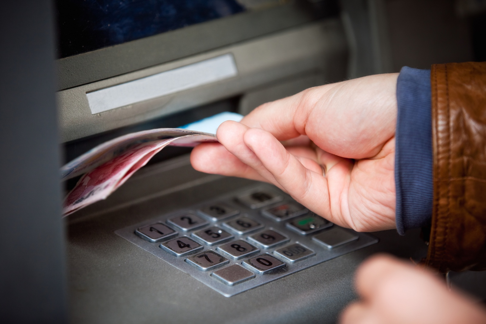 Как делают бумажные деньги - 6