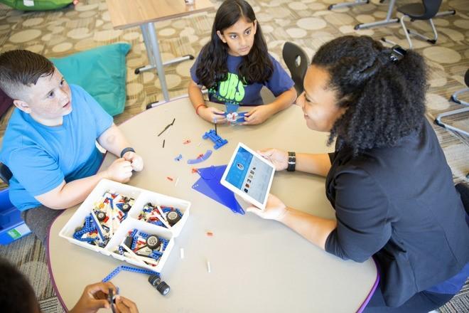 Watson Element — первое обучающее приложение IBM Watson для школьников - 1
