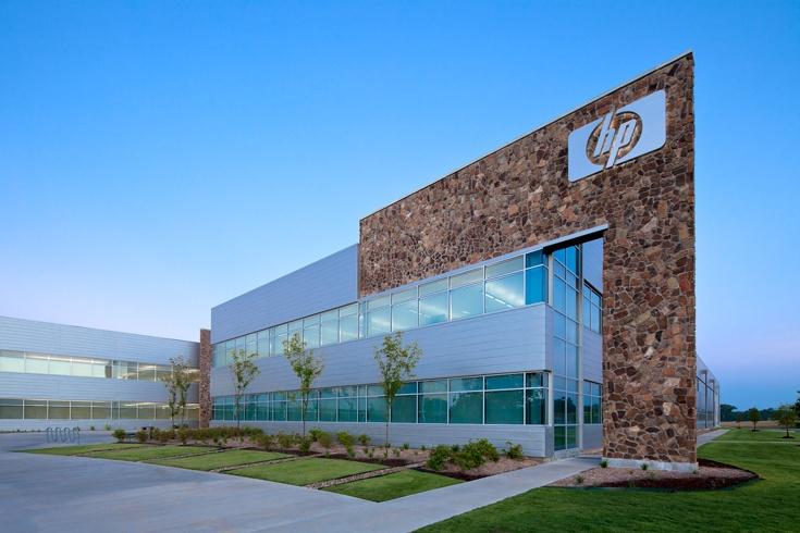Компания HP заработала за квартал 12,7 млрд долларов