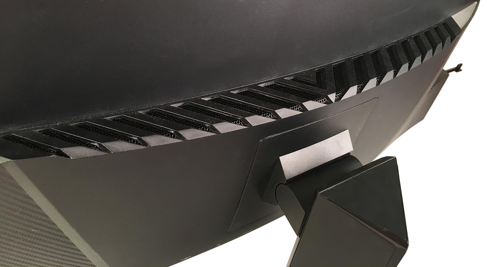 Обзор изогнутого игрового монитора Lenovo Y27g Razer Edition - 10