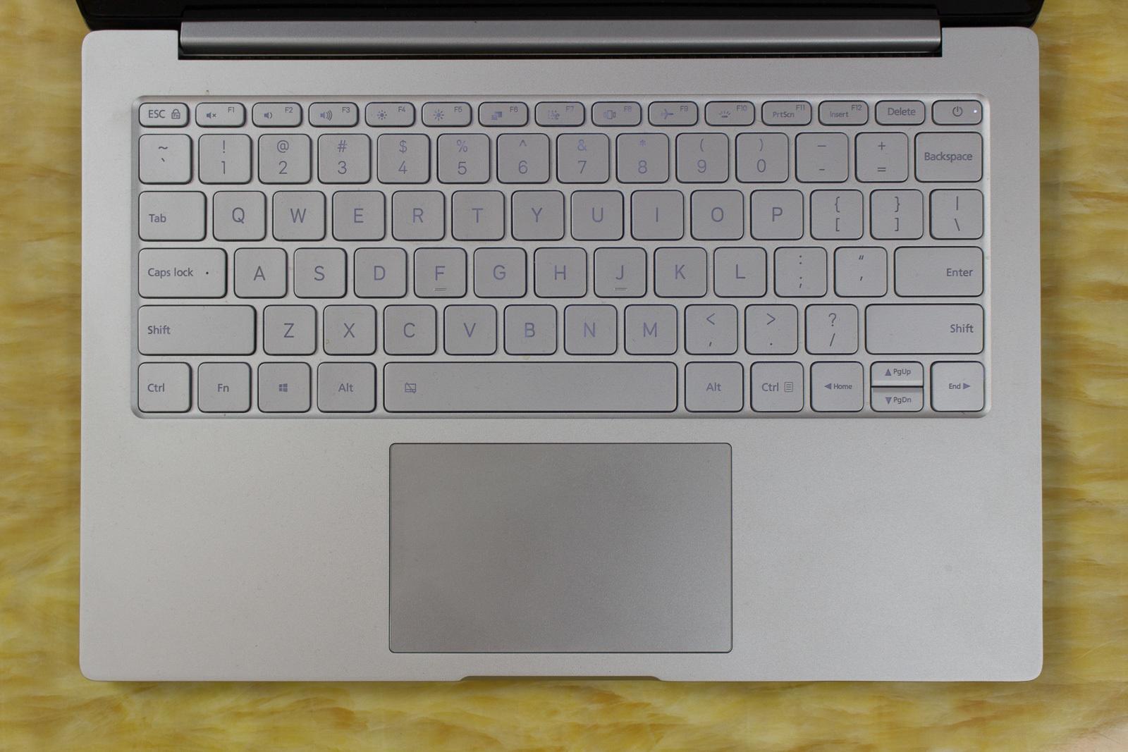 Xiaomi Mi Air 13 Laptop — еще один отличный китайский ноутбук, совершенно непохожий на Macbook - 10