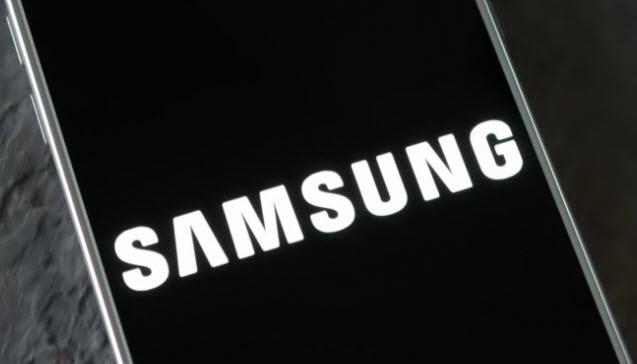 Из-за тщательного тестирования выпуск безрамочного смартфона Samsung Galaxy S8 могут перенести на апрель 2016