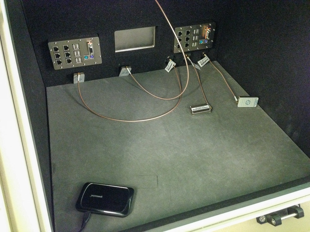 Лаборатория «МегаФона»: как сотовый оператор тестирует технику - 21