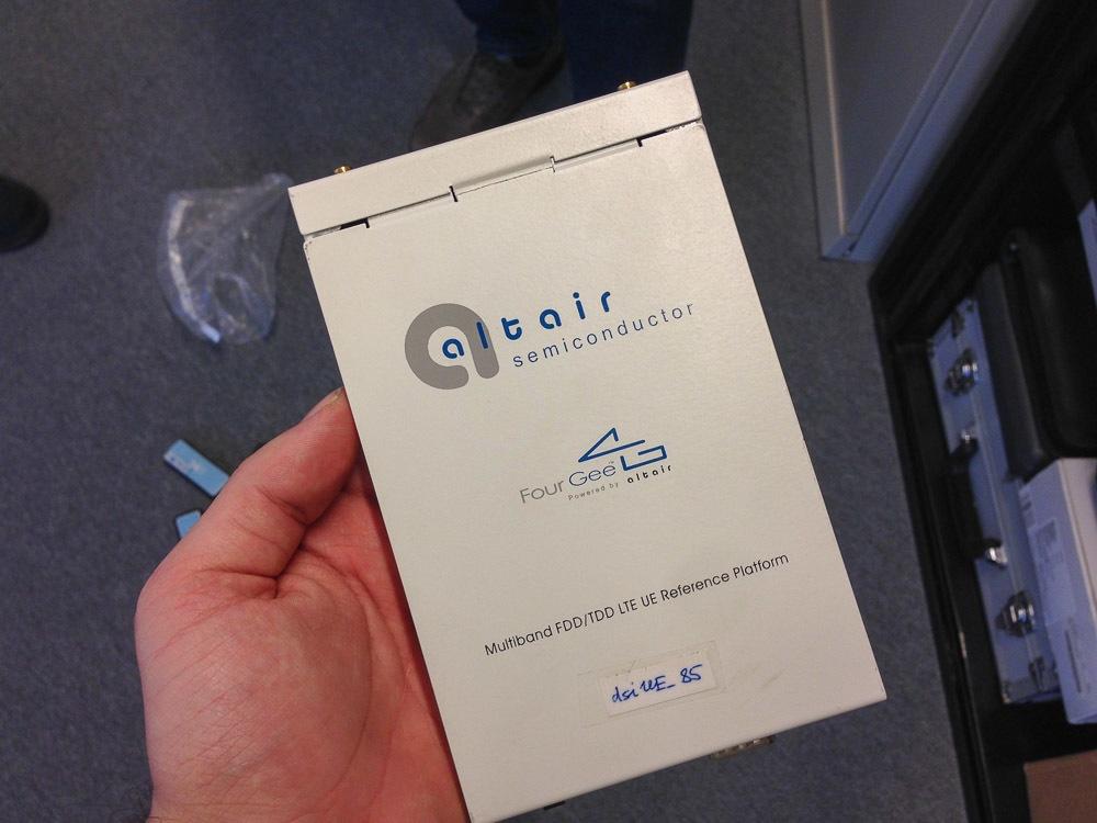 Лаборатория «МегаФона»: как сотовый оператор тестирует технику - 35
