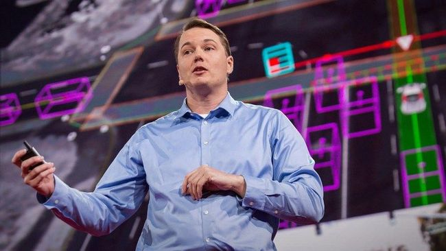 Крис Армсон, возглавлявший проект беспилотного автомобиля Google, основал собственную компанию
