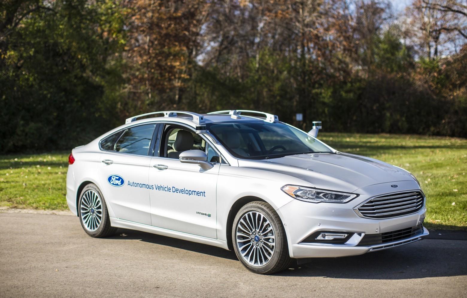 Новые беспилотники Ford копируют человеческое вождение - 1