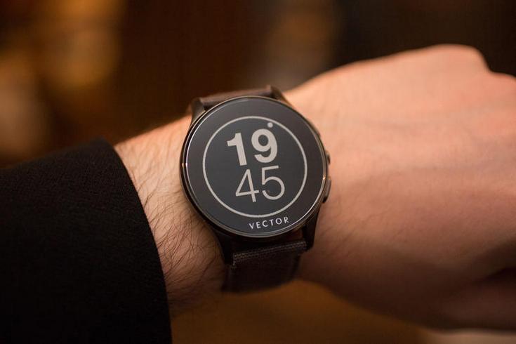 Fitbit покупает компанию Vector Watch