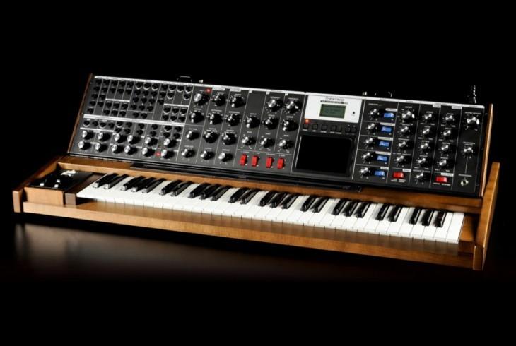 Тернистый путь эволюции синтезаторов: монстры 50-х, «Вояджер» Моога, цифровая революция от Чоунинга и Курцвейла - 13