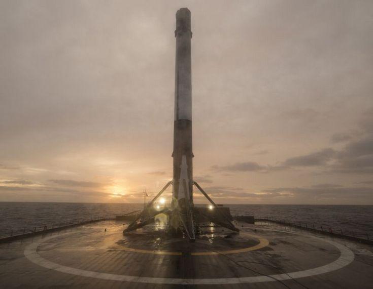 Все запуски SpaceX, кроме следующего, будут проходить с возвращением первой ступени