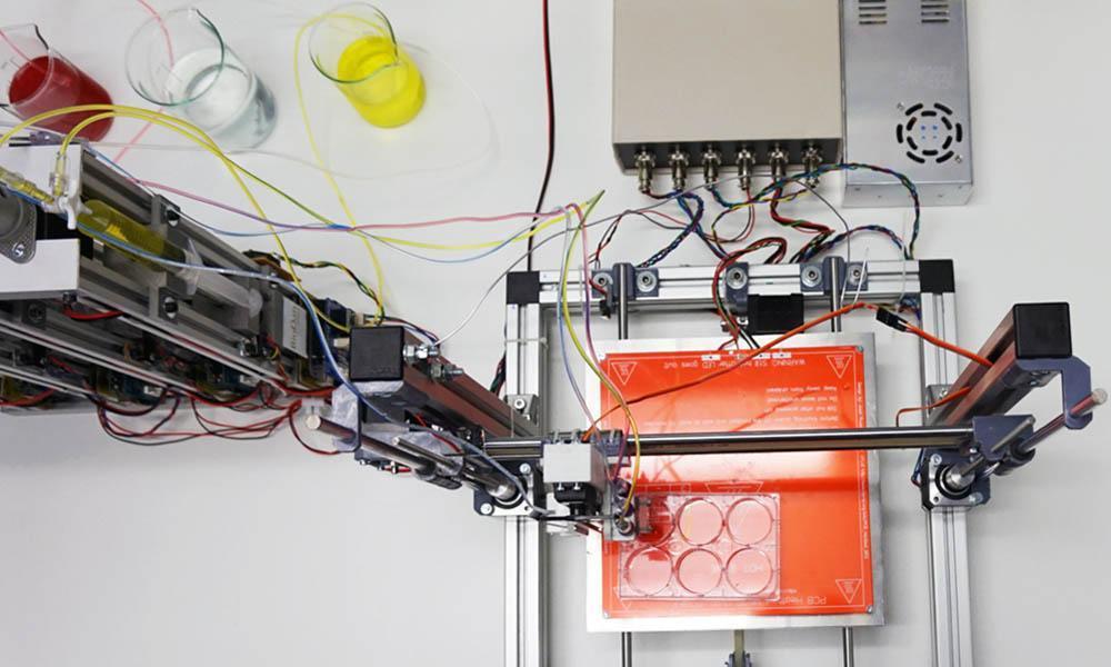 3D-принтер на Arduino печатает функциональную человеческую кожу - 1
