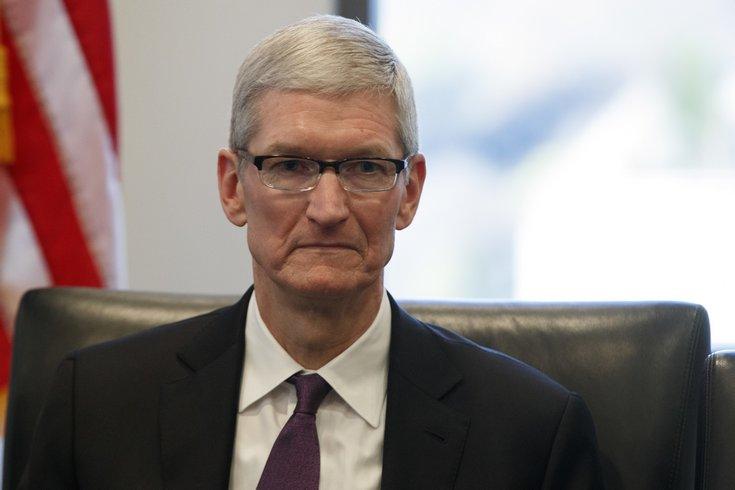 Apple хочет юридически выступить против закона Трампа