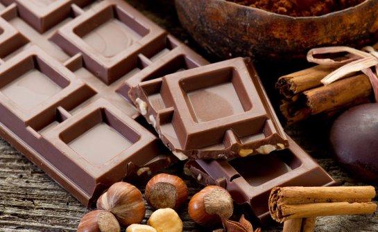 Чтобы улучшить сексуальные отношения, нужно есть шоколад