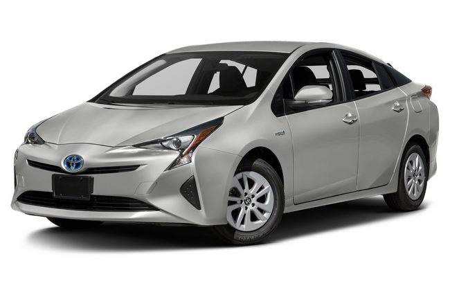 Toyota продала 10 млн гибридных автомобилей