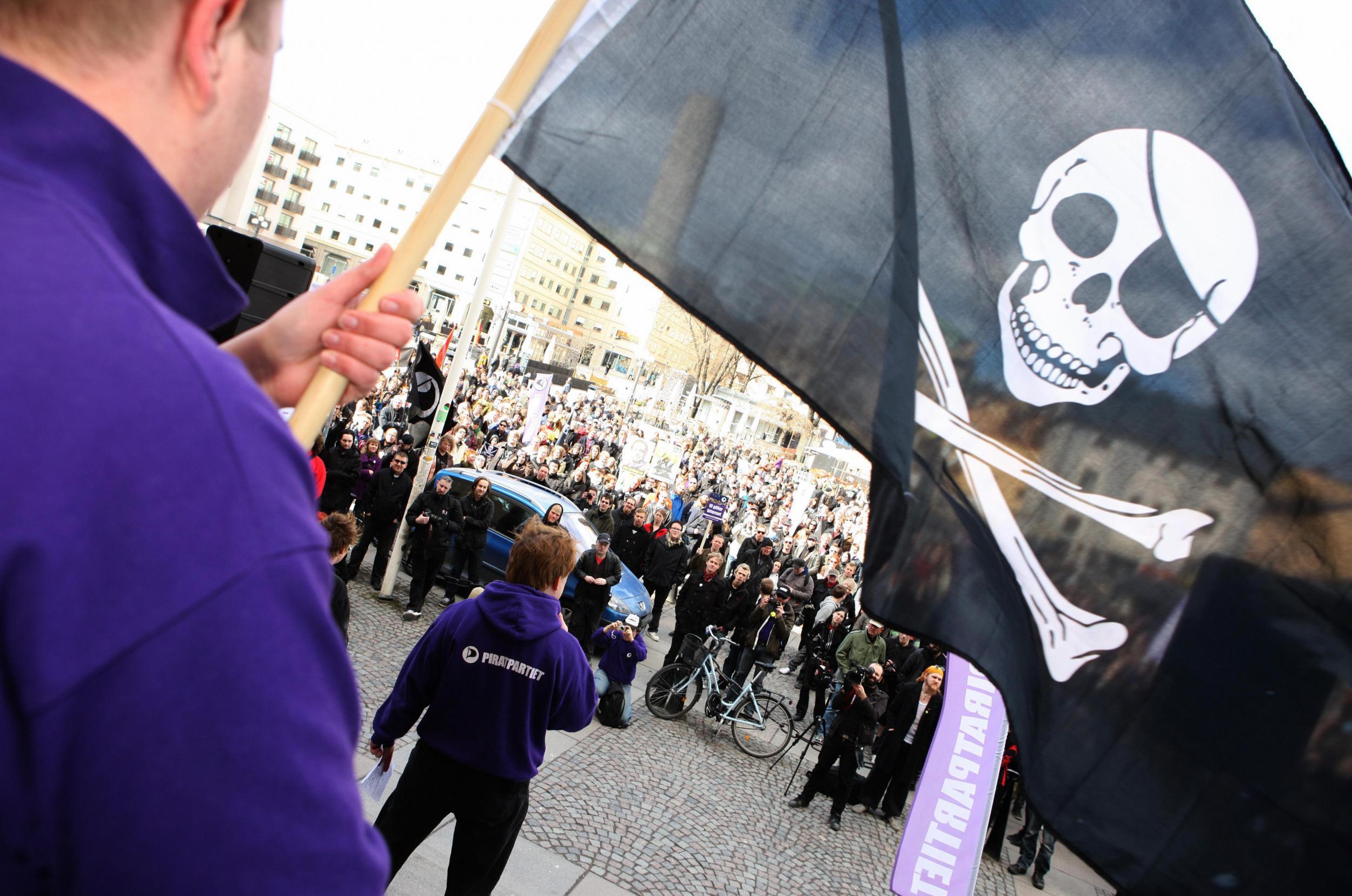 Ты пират и я пират: 70% молодых шведов-мужчин качают нелицензионный видеоконтент - 1