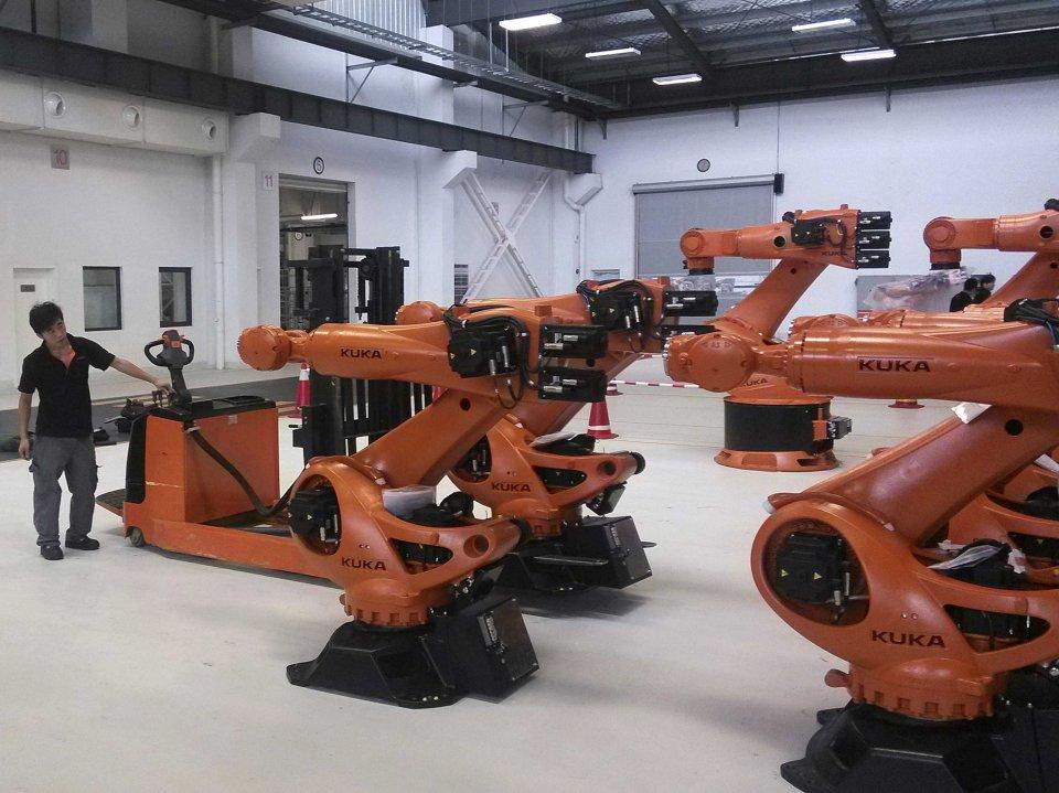 Китайская фабрика заменила 90% сотрудников роботами и получила прирост производительности в 250% - 3