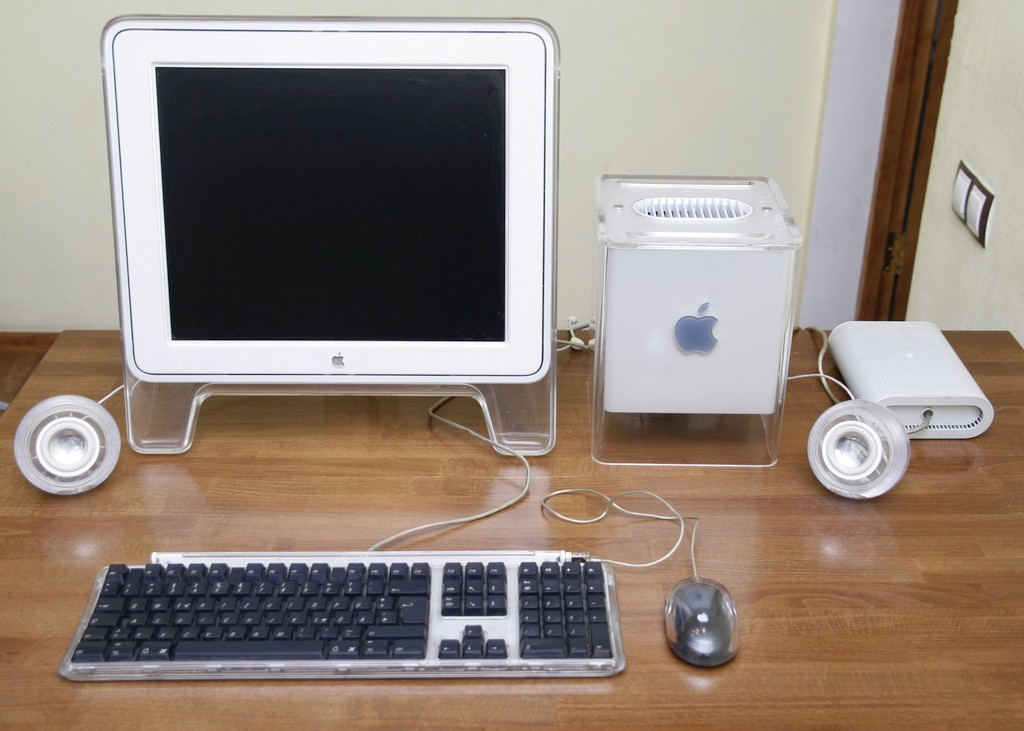 Apple Power Mac G4 Cube и его современники в небольшом фотообзоре - 8