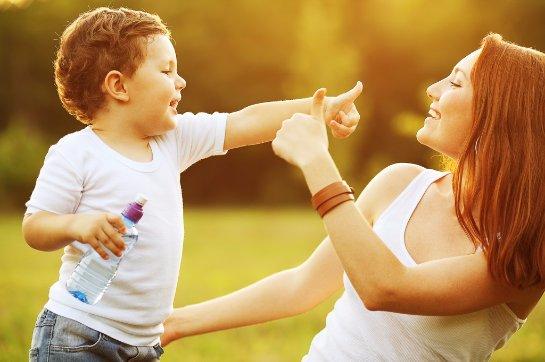 Психологи говорят, что подыгрывать детям плохо