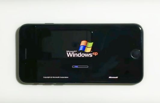Windows XP запустили на смартфоне Apple