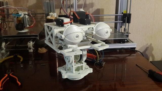 Робот промоутер — Oscar. Голова - 1