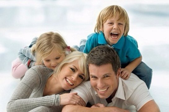 Психологи рассказали, какую семью можно называть счастливой