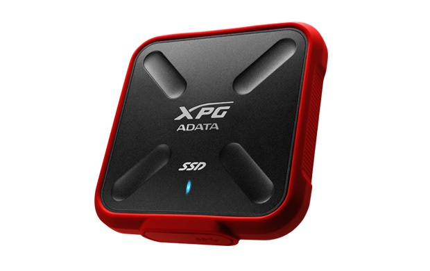 Компактный накопитель Adata XPG SD700X защищен от воды и пыли