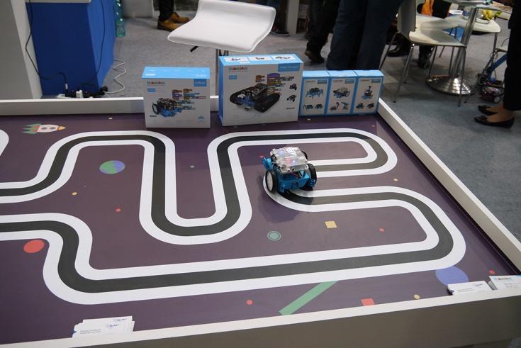 Makeblock предлагает конструкторы для создания роботов