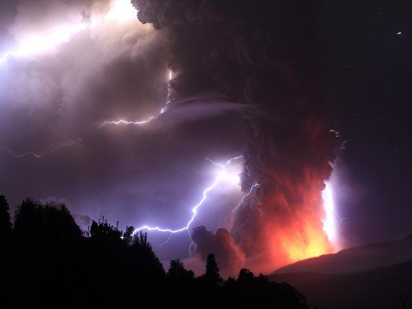 Удивительные вулканические молнии - 19