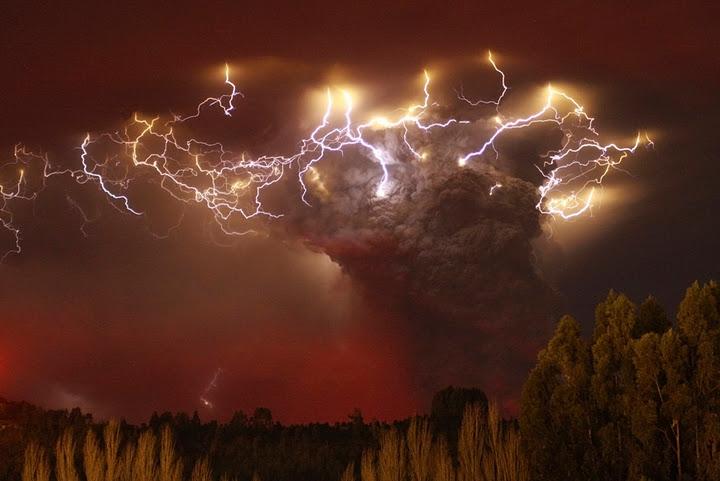 Удивительные вулканические молнии - 20