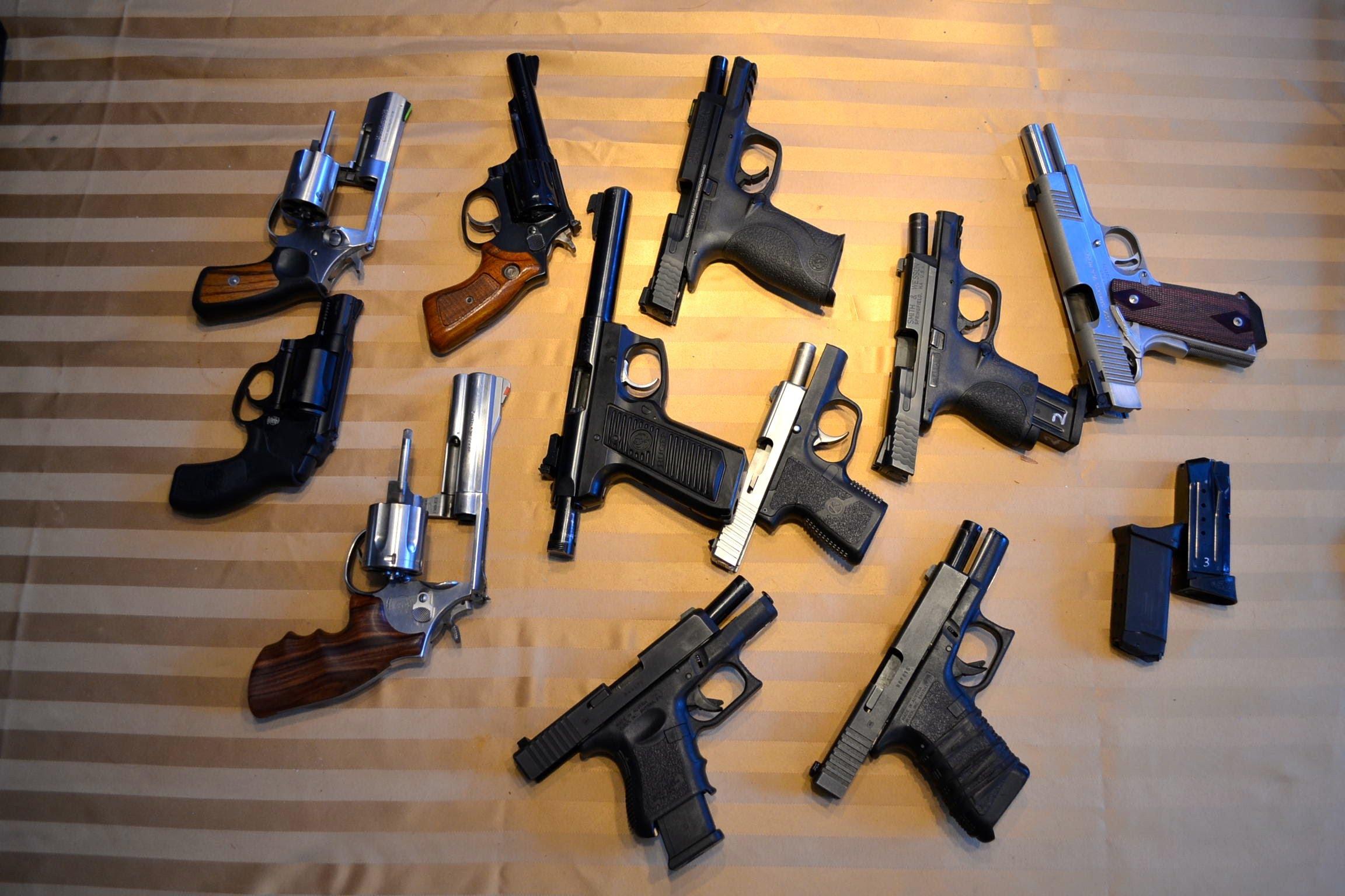 Испанские ученые разработали систему обнаружения пистолетов на изображениях - 1