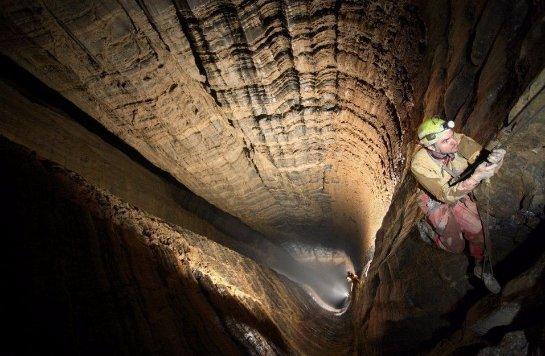 В Абхазии нашли самую глубокую во всем мире пещеру