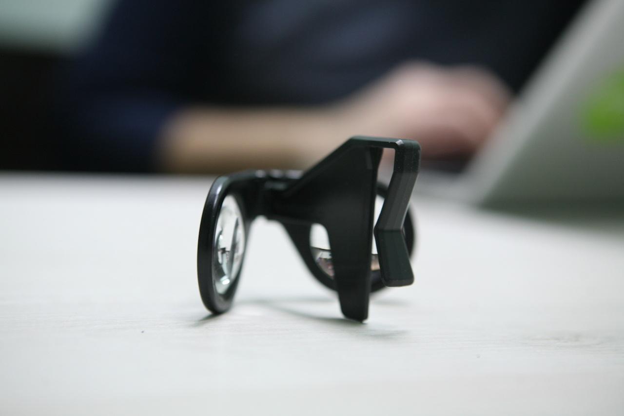 «ВиАр-ки» на подарки: смотрим на очки виртуальной реальности в пределах тысячи с небольшим - 17