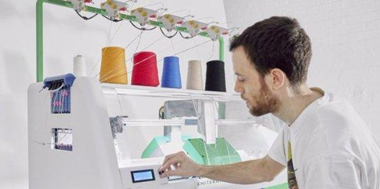 Компания Kniterate создала машину для «печати» одежды