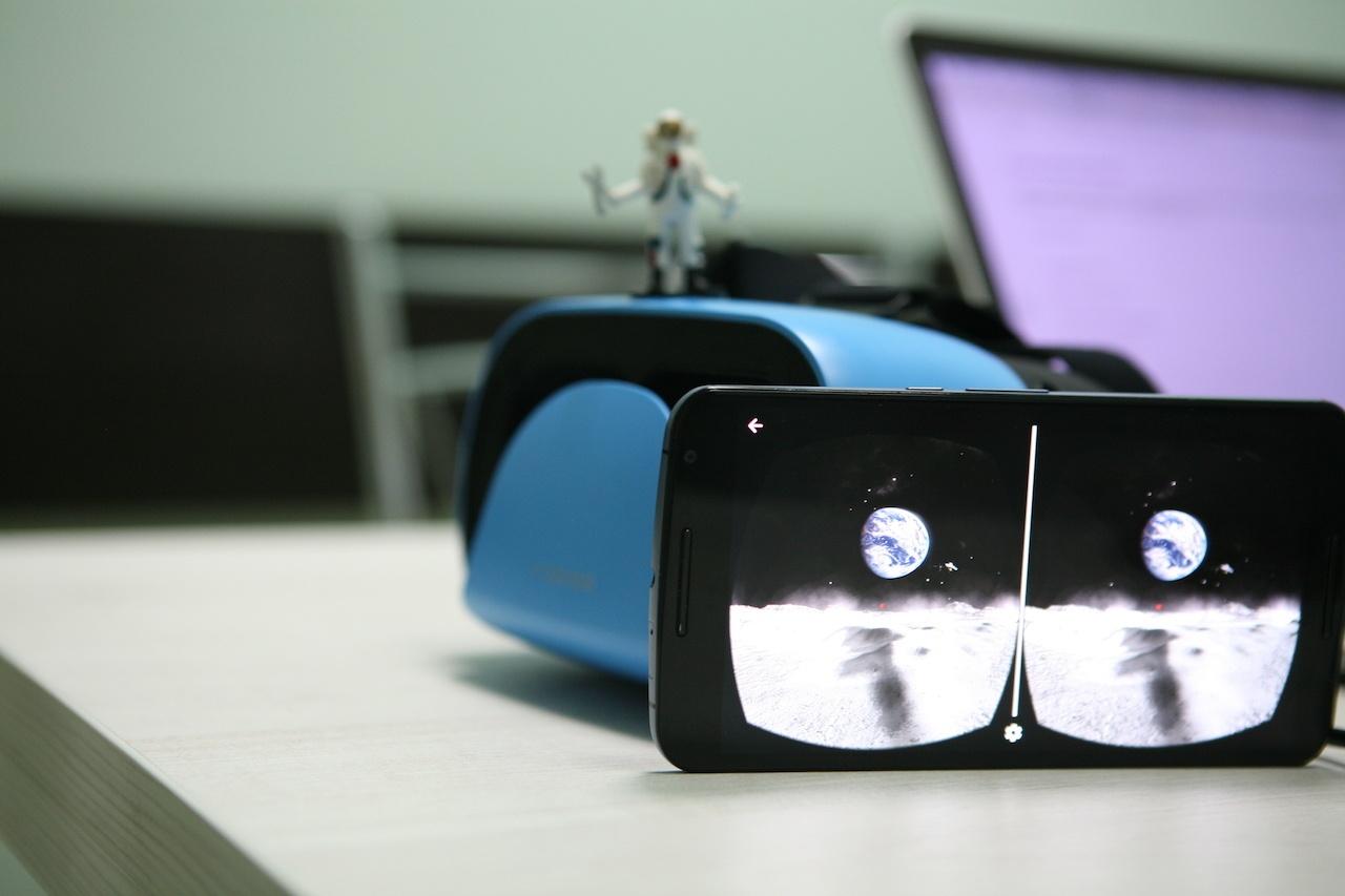 Космическая виртуальная реальность: подборка ко Дню космонавтики для детей - 1