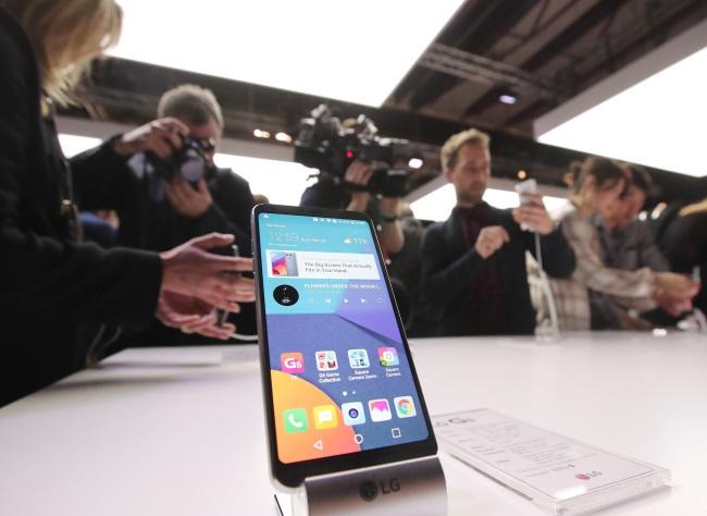 В июне смартфон LG G6 может получить технологию трехмерного сканирования лиц