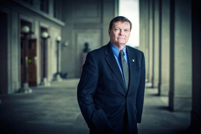 Samsung наняла бывшего главу отдела информационных технологий Министерства обороны США