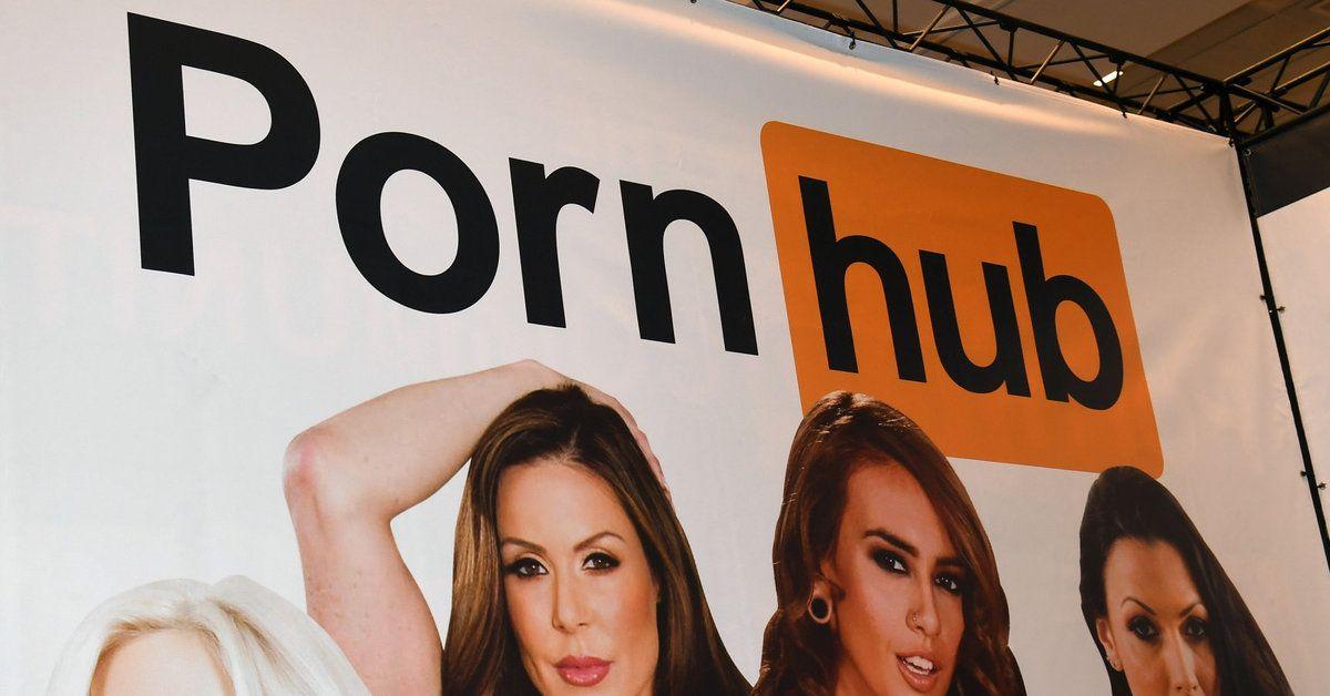 Неожиданный подарок: PornHub в России разблокировали в день рождения Рунета - 1