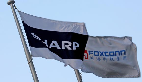 Foxconn поможет Sharp вернуться на рынок ПК