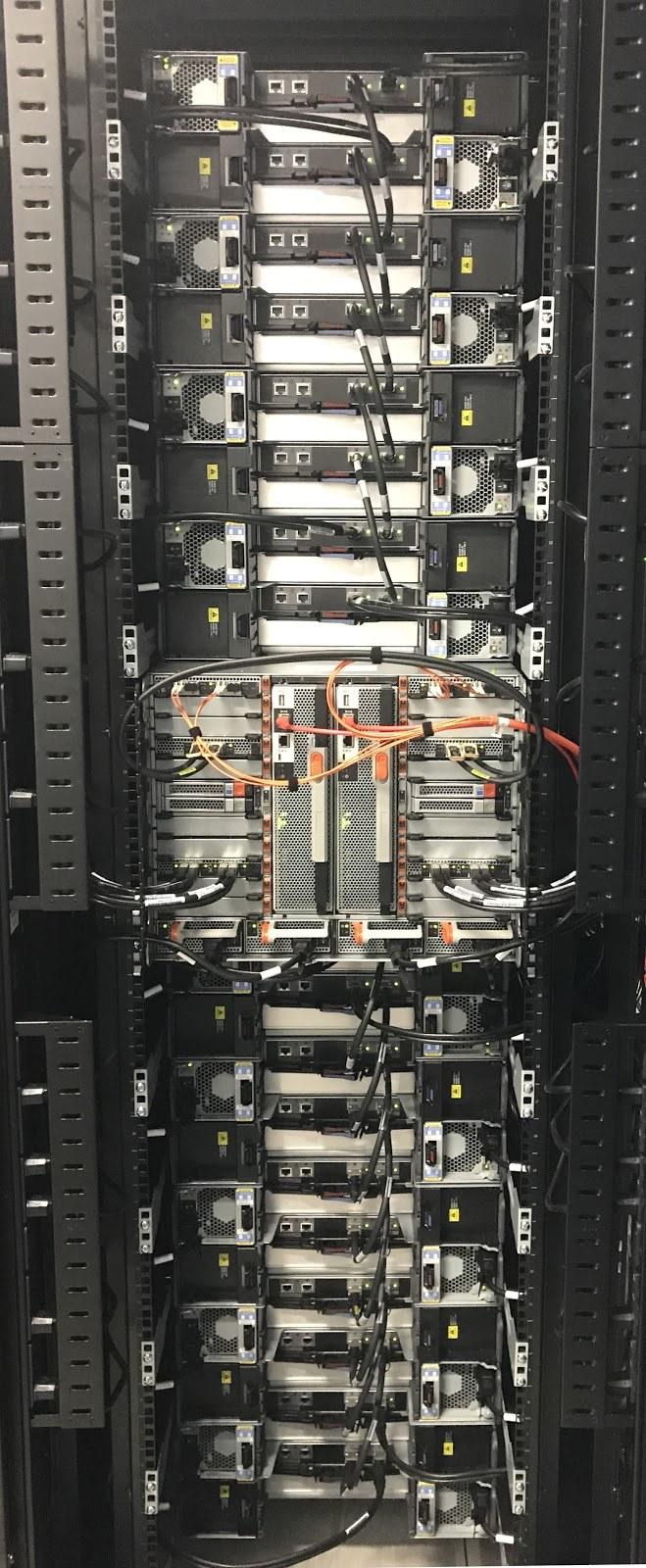 Из будней сисадмина: распаковываем NetApp FAS 9000 - 11