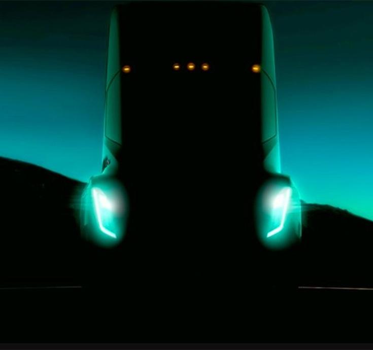 Выход грузовика Tesla намечен на сентябрь