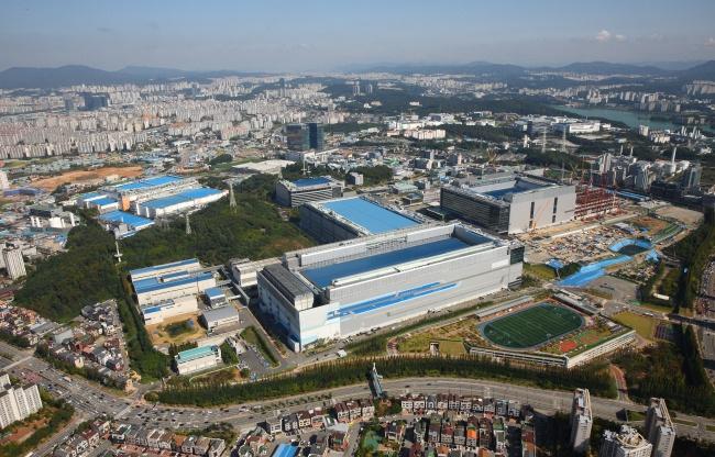 Средства будут направлены на расширение предприятия Line 17