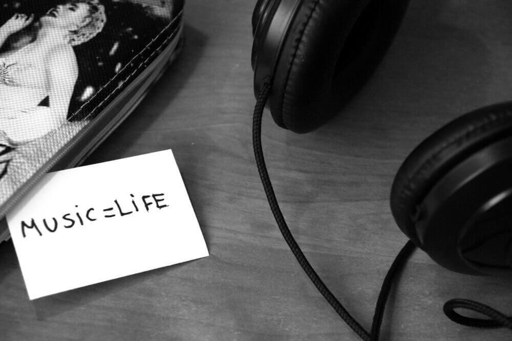 Дайджест «Мира Hi-Fi»: ТВ, выставки, «прошлое и будущее» аудиотехнологий - 1