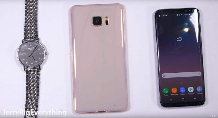 Смартфон HTC U Ultra Sapphire Edition с сапфиром и 128 ГБ флэш-памяти стоит 849 евро